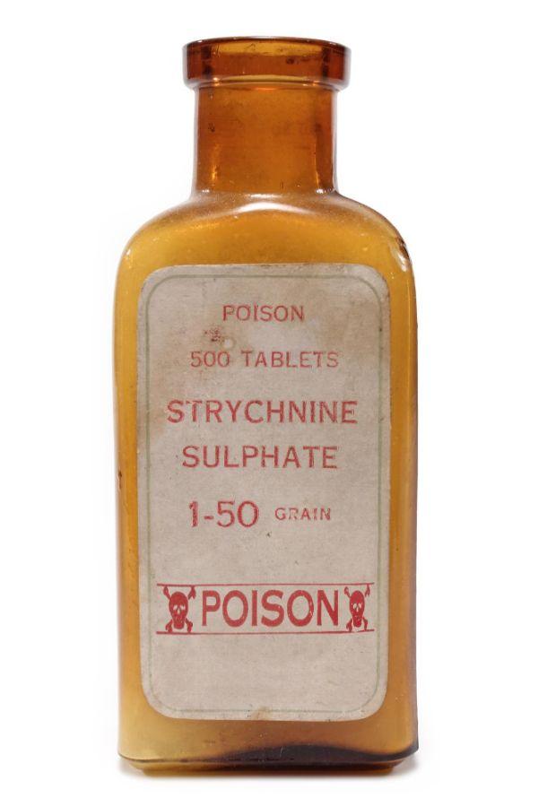 Với lượng nhỏ  Strychnine  cũng có thể gây chết người